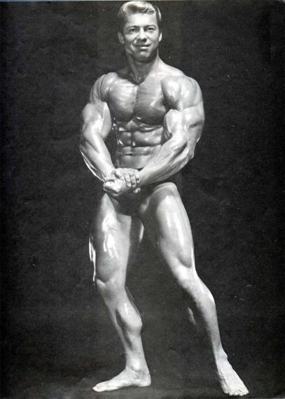 """Ларри Скотт (поза """"Широчайшие мышцы спины спереди"""")"""