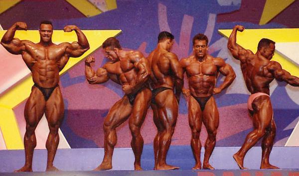 "Пол Диллет (Paul Dillett), Дориан Ятс (Dorian Yates), Кевин Леврон (Kevin Levrone), Ли Лабрада (Lee Labrada), Шон Рэй (Shawn Ray) (конкурс ""Мистер Олимпия"", 1993)"